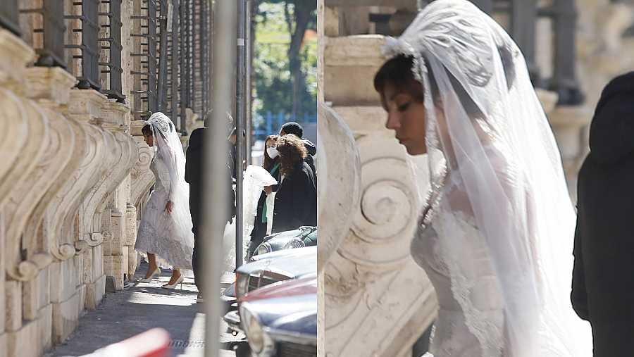 Lady Gaga es fotografiada con un vestido de novia